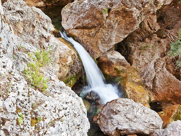 Cueva del Peinero - Rocas
