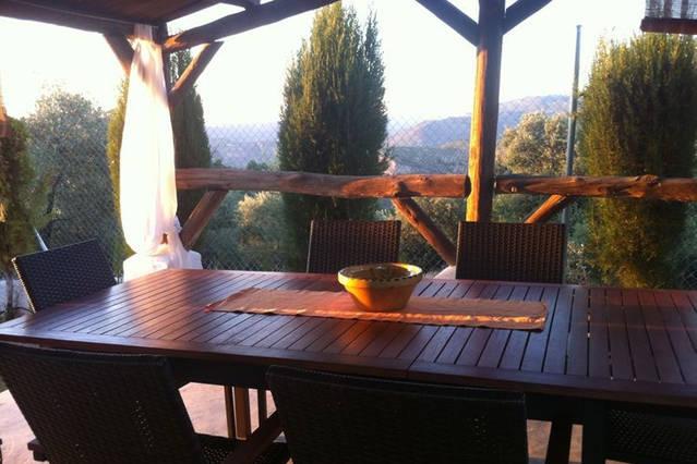 Casa rural Lancha de los Lentejos - Mesa exterior Terraza
